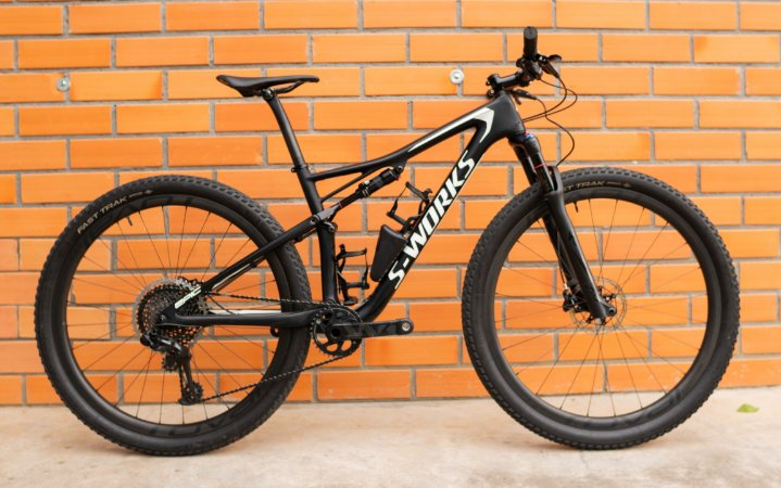 Bicicleta Specialized Epic Sworks - M