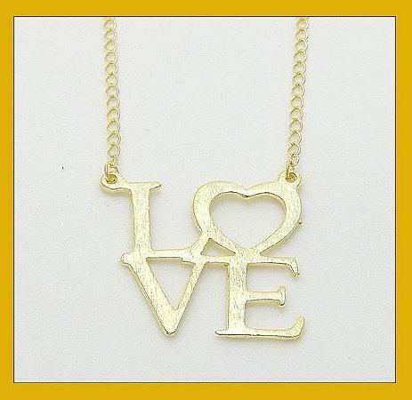 Gargantilha LOVE