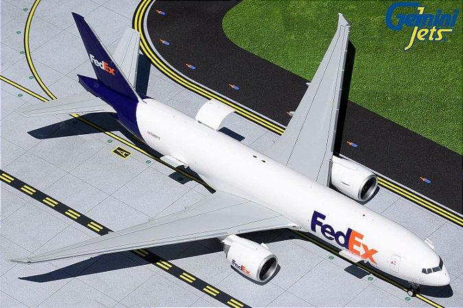"""Gemini Jets 1:200 FedEx Express Boeing 777F """"Com abertura de portas"""""""