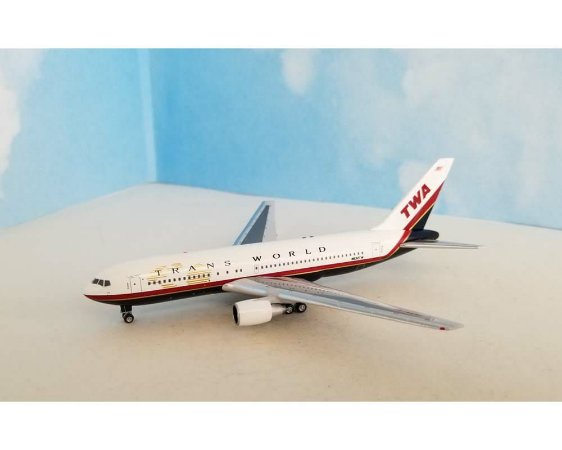 Aeroclassics 1:400 TWA Trans World Airlines Boeing B 767-200ER