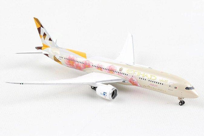 """Phoenix 1:400 Etihad Airways Boeing B 787-9 """"Choose Japan"""""""