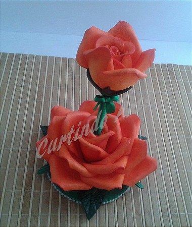 Caneta decorada com rosa em Eva