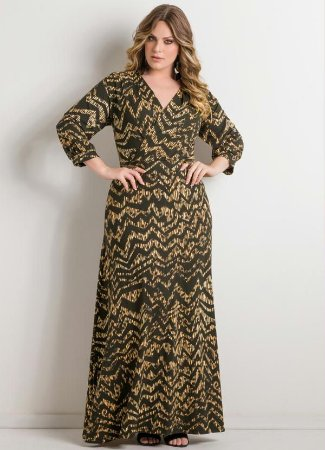 Vestido Plus Size Longo Estampa Chevron