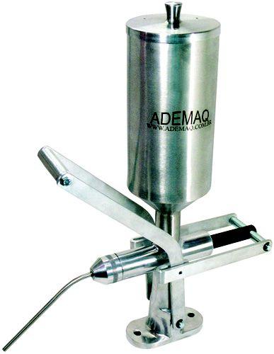 Doceira / Recheadeira Copo em Inox - 2 Litros Ademaq