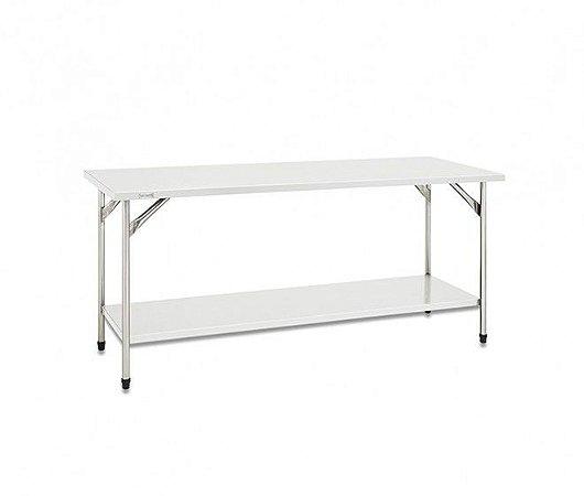 Mesa com estrutura, pés, tampo e prateleira lisa em inox - Fritomaq