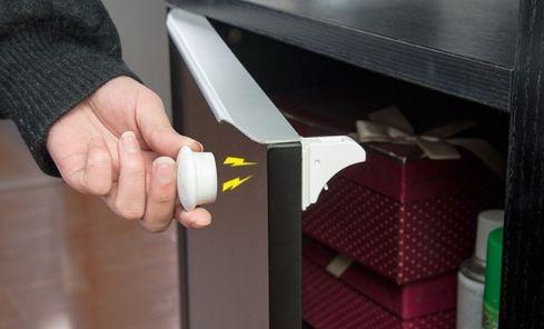 Kit Travas de Segurança magnética infantil - Para portas e gavetas - 4 unidades