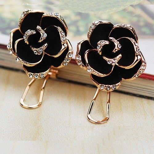 Brinco Rosa Negra em carbono Folheado em Ouro Rose com autentico cristais australiano Coleção O Preto Belo