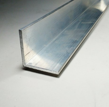Cantoneira Aluminio 1.1/2 X 1/8 (3,81cm X 3,17mm)