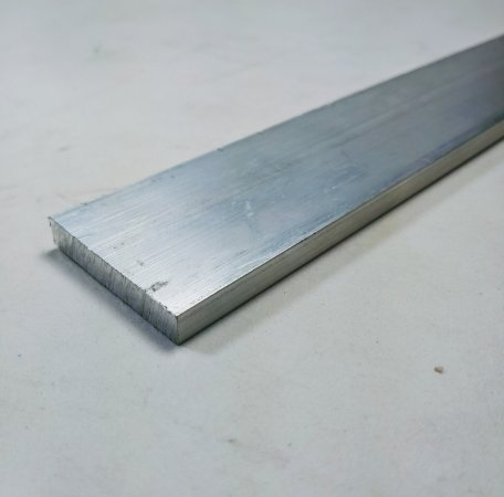 "Barra Chata Aluminio 1.1/2"" X 1/4"" (3,81cm X 6,35mm)"