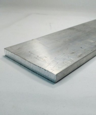 "Barra Chata de Aluminio 3"" x 3/8"" (7,62cm X 9,52mm)"