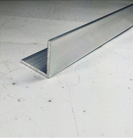Cantoneira de Aluminio 1.1/4 X 1/8 (3,17cm X 3,17mm) com 1 metro