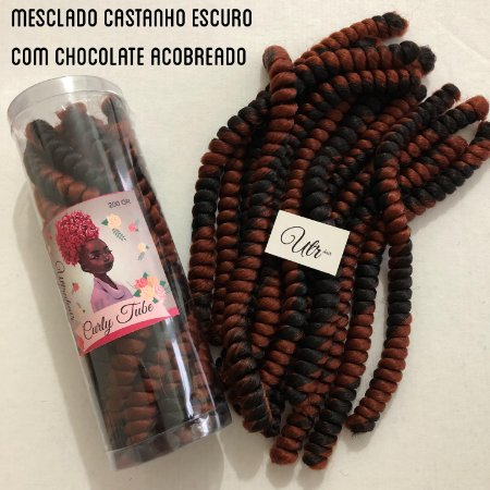 CURLY TUBE - FIBRA PARA CROCHET BRAIDS - COR MESCLADO CASTANHO ESCURO COM CHOCOLATE ACOBREADO 200 Gramas (Tamanho: 40cm Fechado - 80cm Aberto)