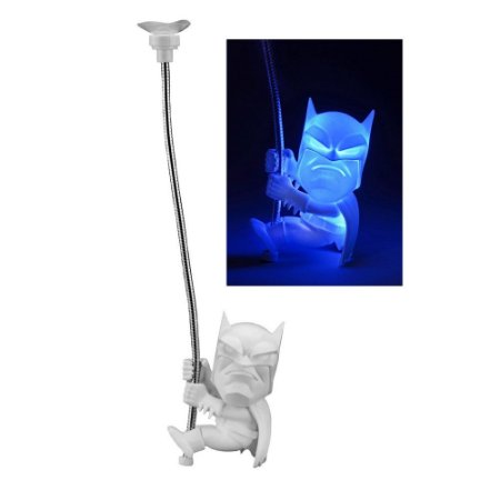 Miniatura Scaler Grande Light Up BATMAN DC Comics - Neca