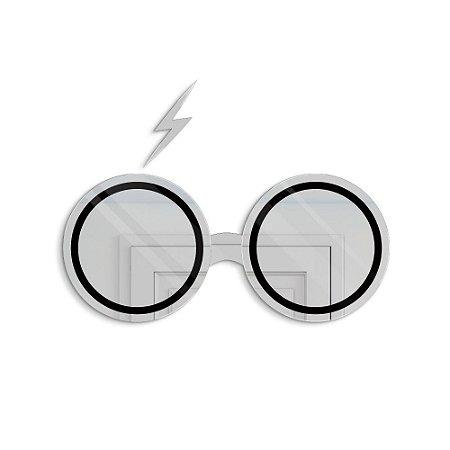Espelho Decorativo feito em Acrílico Espelhado 3mm (60x30cm) - Óculos Mágico