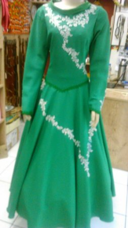 Vestido de Prenda Bordado Verde (44)
