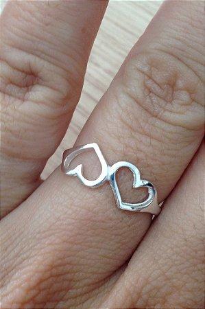 Anel dois corações vazados - Prata de Lei 925
