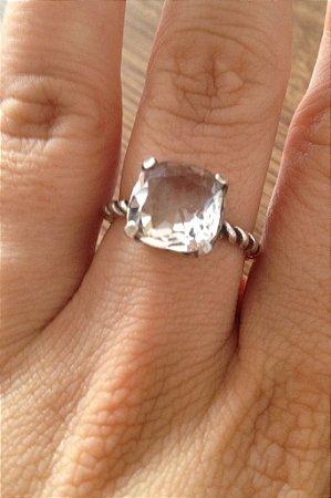 Anel com Pedra Natural Transparente - Prata de Lei 925