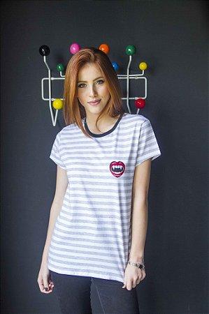 Camiseta Feminina Girl Gang Patches Vamp Listrada