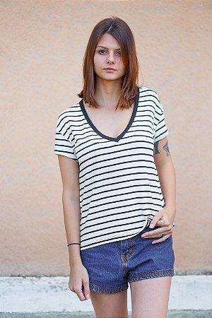 Camiseta Feminina Camélia
