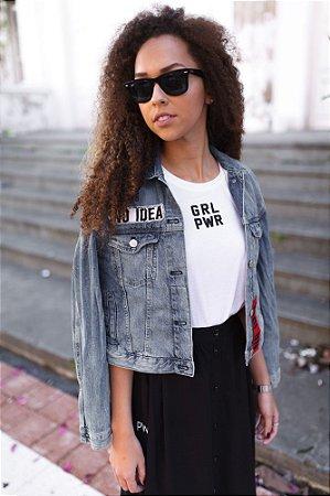 Camiseta Feminina GRL PWR Branca Minimalista