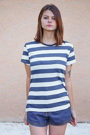 Camiseta Feminina Listrada Hortência