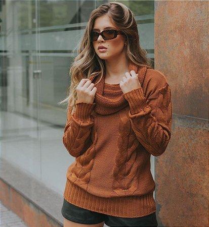 Blusa de tricot com gola