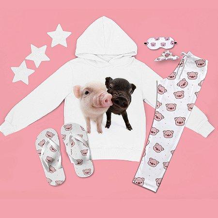 Conjunto Moletom Peluciado Capuz doisporquinhos + Calça Pijama + Chinelo de dedo