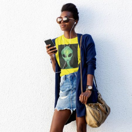 T-Shirt Amarela Alien Verde
