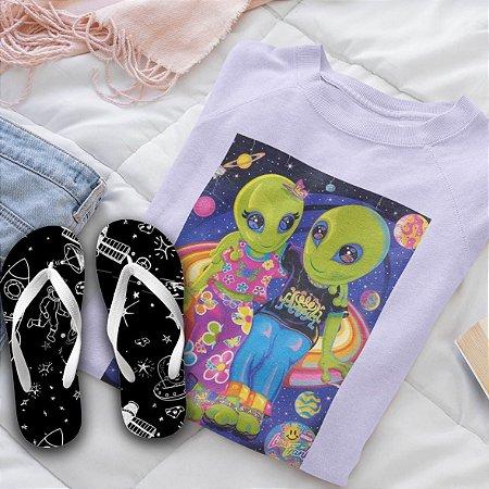 Combo Alien : Moletom Lilás + Chinelo de dedo
