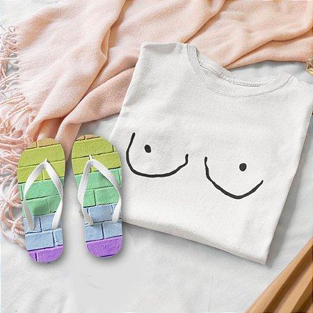 Combo Peitos: T-shirt  + Chinelo de dedo