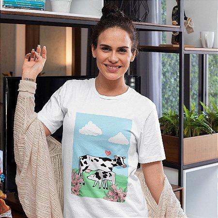 Camisola Feminina Branca Manga Curta  Estampa Vaca