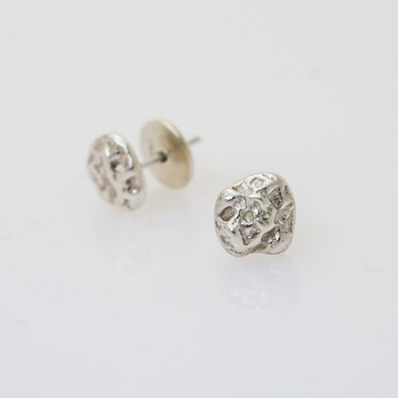Brincos Mini PEPITA em Prata | Sob Medida