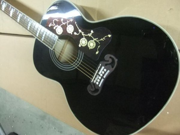 Violão Gibson SJ200 Jumbo
