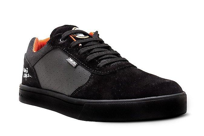 DUAL FOOTWEAR UNICO COLLAB CPM22