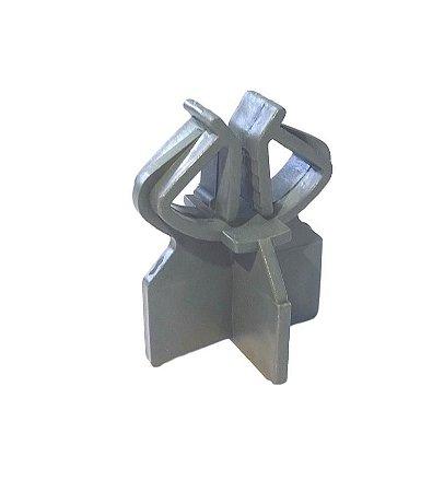 Espaçador com Presilha e Garra para aço com diâmetro de 4,2 a 16mm