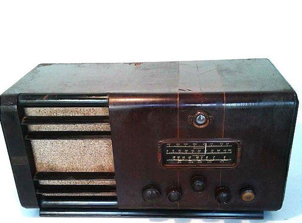 """Rádio Antigo Starlight com falante """"good man"""" inglês - Valvulado"""