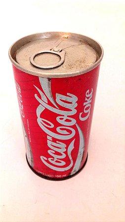 Lata de coca-cola antiga de ferro anos 70 lacrada vazia