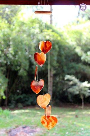 Móbile Mensageiro dos Ventos Corações de Ágata de Fogo 69cm   Pedra da Criatividade e Vitalidade