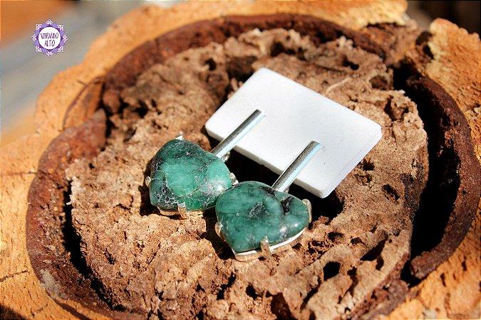 Brinco Coração de Esmeralda (Prata 950)   Pedra do Amor Divino, Cura e Prosperidade!