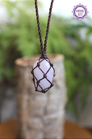 Castroado de Quartzo Rosa com Cordão Marrom Ajustável | Pedra do Amor e Cura Emocional