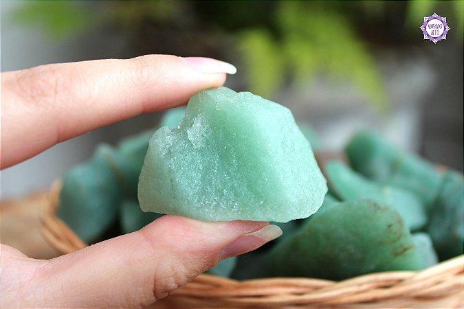 Quartzo Verde Bruto (de 30g a 40g a unidade) | Cristal de Cura e Limpeza Emocional