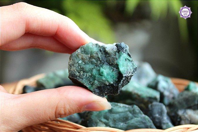 Esmeralda Bruta (aprox. 20g) | Pedra do Amor Divino, Cura e Prosperidade