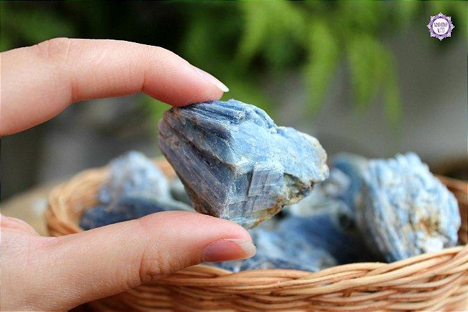 Cianita Azul (de 20g a 30g) | Pedra da Telepatia, Recordação de Vidas Passadas e Arcanjo Miguel