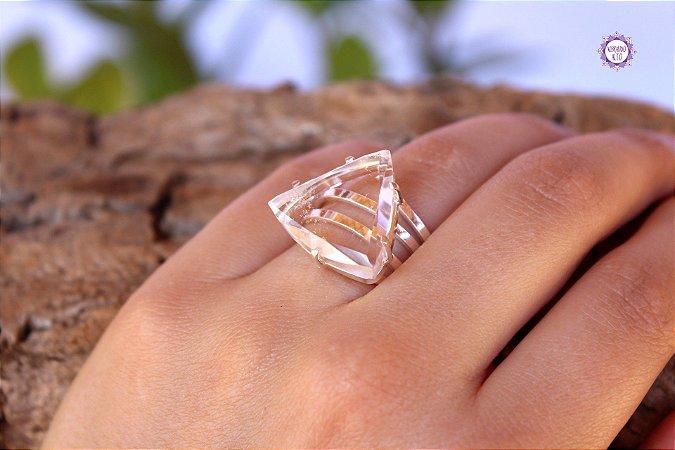 Anel Triângulo de Quartzo em Prata 950 (Ajustável ao dedo) para Limpeza e Purificação da Aura