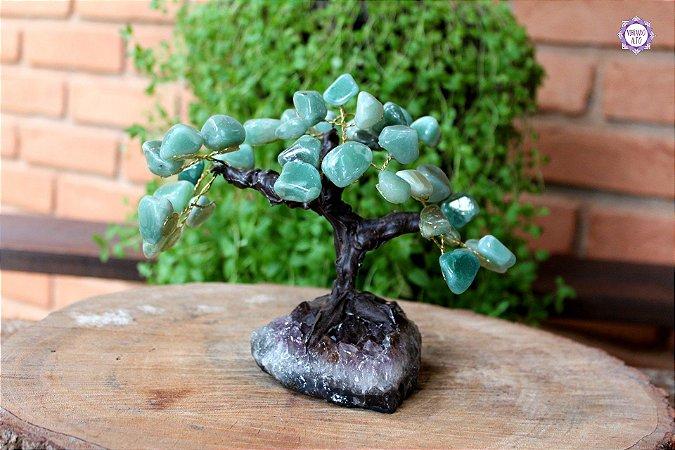 Árvore de Quartzo Verde M com 15 cm base Drusa de Ametista 673g | Cristal de Cura e Limpeza Emocional