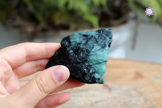 Esmeralda Bruta 91g - Pedra de 2020 | Pedra do Amor Divino, Cura e Prosperidade