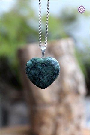 Pingente Coração de Esmeralda (Pino Prateado) - Pedra de 2020 | Pedra do Amor Divino, Cura e Prosperidade