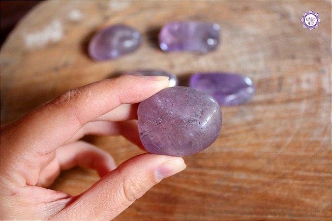 Ametista Rolada (3 a 4 cm a unidade) | Cristal de Proteção e Transmutação