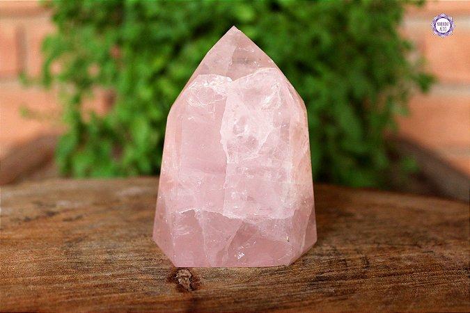 Ponta de Quartzo Rosa Lapidada 381g | Cristal para o Amor e Cura Emocional