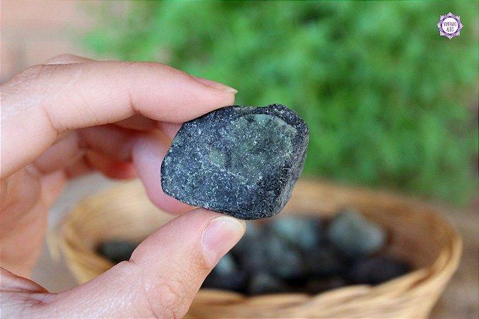 Esmeralda Bruta (de 2cm a 3cm a unidade) - Pedra de 2020   Pedra do Amor Divino, Cura e Prosperidade